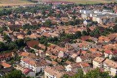 Draufsicht von Rasnov in Rumänien lizenzfreies stockbild