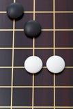 Draufsicht weniger Steine während gehen Spielspielen Stockbilder