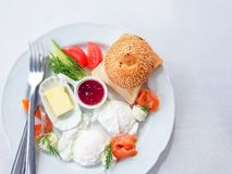 Draufsicht zu einem köstlichen und gesunden Frühstück lizenzfreies stockbild