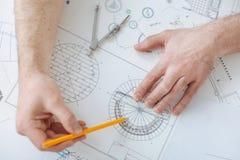 Draufsichtfoto des Zeichnungsprozesses Lizenzfreies Stockfoto