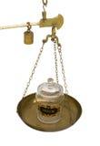 Draufsichtopiumglas auf Skala lizenzfreie stockfotos