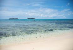 Dravuni海岛:巡航的假期 库存照片