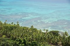 Dravuni ö: Sikt över Coral Reef Arkivfoto