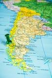 Draw-pin ραβδί στον πραγματικό χάρτη, που ταξιδεύει στη Χιλή στοκ εικόνες με δικαίωμα ελεύθερης χρήσης