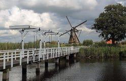 Drawbrdige w Kinderdijk w Holandia Zdjęcie Royalty Free