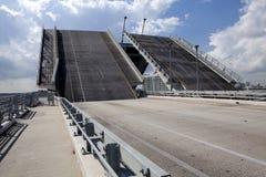 drawbridge открытый стоковая фотография rf