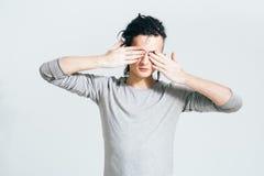 Dreadlocks mężczyzna portret zamknięte oczy Niezwykli ludzie Vitiligo Obraz Stock