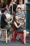 Dreadlocks que hacen en Bangkok Fotografía de archivo