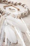 Dreamcatcher beige en forme de coeur Photos stock