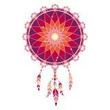Dreamcatcher coloré de Lineless avec des plumes dans des tons rouges et pourpres Photographie stock