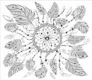 Dreamcatcher con le varie piume per la pagina di coloritura Illustrazione d'annata disegnata a mano per coloritura adulta di anti Fotografie Stock