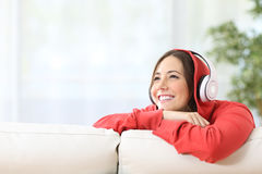 Dreamer teen girl listening music Royalty Free Stock Photography