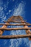 Dreamscape z Kiva niebem i drabiną Fotografia Stock