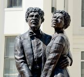 Dred Scott och fru Harriet Robinson Statue arkivbilder