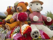 Drehausschuss-Hin- und Herbewegung des Rose Parade-2011 Stockfoto