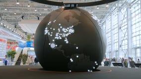 Drehendes Modell von Erde mit größten Agglomerationen stock footage