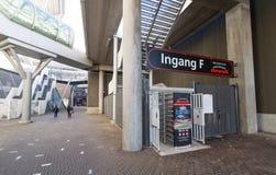 Drehkreuz am Eingang F im Amsterdam-Arenafußballstadion Stockbild