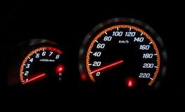 Drehzahlmesser, das nullkilometer pro Stunde zeigt Stockfotografie