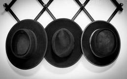 Drei amische Hüte Stockfotos