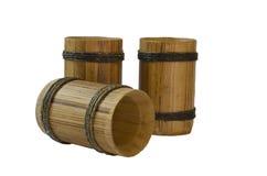 Drei antike Bierbecher getrennt auf Weiß Lizenzfreies Stockbild