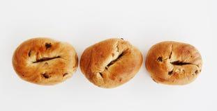 Drei Bagel in einer Reihe. Lizenzfreies Stockfoto