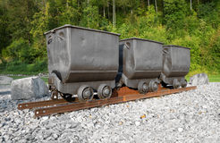 Drei Bergwerkwarenkörbe Stockfoto