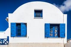 Drei blaue Fenster lizenzfreies stockfoto