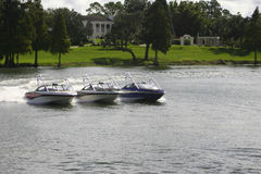 Drei Boote stockbild