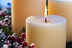Drei brennende Kerzen Stockfoto