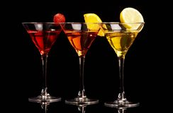 Drei bunte Cocktails Lizenzfreie Stockfotografie