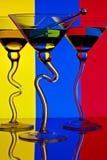 Drei bunte Martini-Gläser lizenzfreie stockfotos