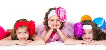Drei elegante Mädchen Lizenzfreie Stockfotos