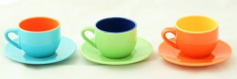 Drei Espresso-Kaffeetassen in einer Reihe Lizenzfreie Stockfotografie
