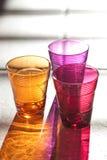 Drei Farbgetränkgläser Stockfoto