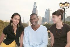 Drei Freunde zusammen Lizenzfreie Stockbilder