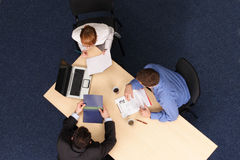 Drei Geschäftsleute Treffen Lizenzfreies Stockbild