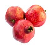 Drei Granatäpfel, getrennt auf weißem Hintergrund Lizenzfreie Stockfotografie