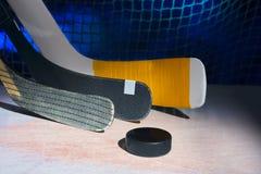 Drei Hockeyschläger lizenzfreie stockbilder