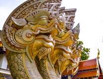 Drei-köpfige Nagastatue Stockfotos