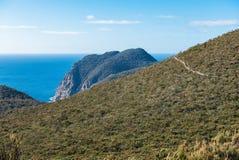 Drei Kape spüren das Führen zu Kap-Säule, Tasmanien auf lizenzfreies stockbild