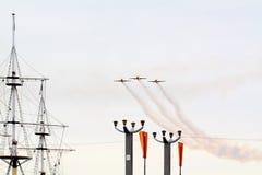 Drei kleine Flugzeuge stockfotografie