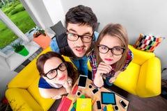 Drei lustige Sonderlinge zusammen Lizenzfreie Stockfotografie