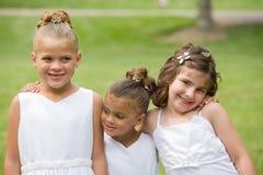Drei Mädchen an einer Hochzeit Lizenzfreie Stockbilder
