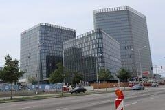 Drei Neubauten stockfoto