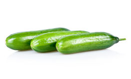 Drei reife grüne Gurken getrennt Lizenzfreies Stockbild