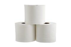 Drei Rollen Toilettenpapier bildeten sich in der Pyramide Lizenzfreies Stockfoto