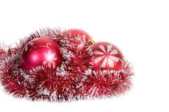 Drei rote Weihnachtskugeln. Lizenzfreies Stockbild