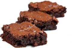 Drei Schokoladenkuchenstücke Lizenzfreie Stockfotos