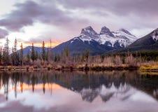 Drei Schwestern, Canmore Alberta Stockfotografie