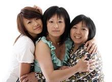 Drei Schwestern, die Spaß haben stockfotografie